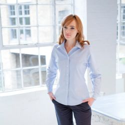 Women's classic long sleeved Oxford shirt Thumbnail